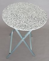 standing table with polyethylene top round